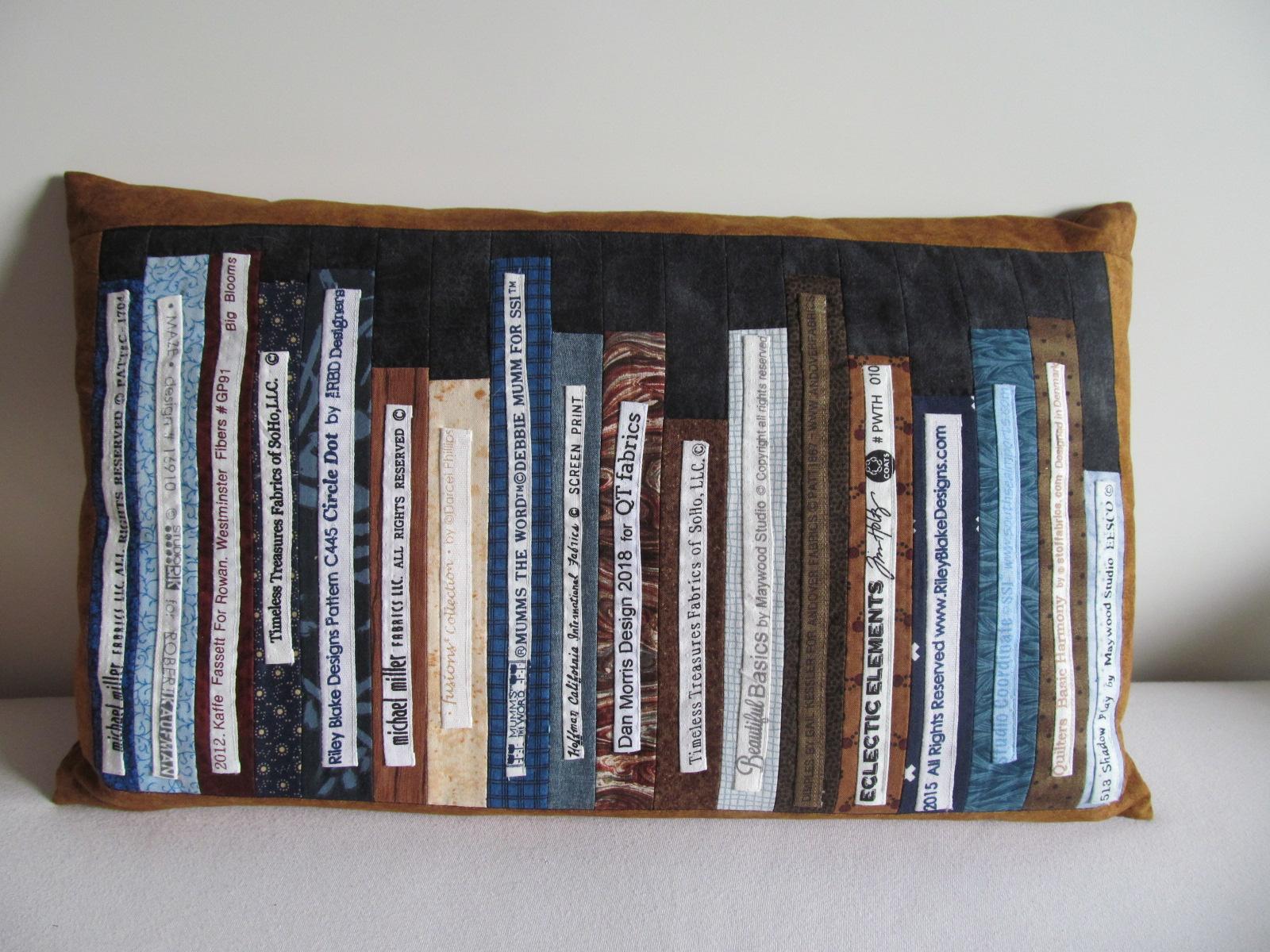 Kissen Bücher