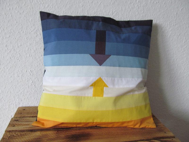Kissen nach Paul Klee mit Pfeilen